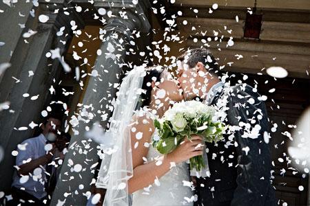 Hochzeitsspiele nach der Kirche